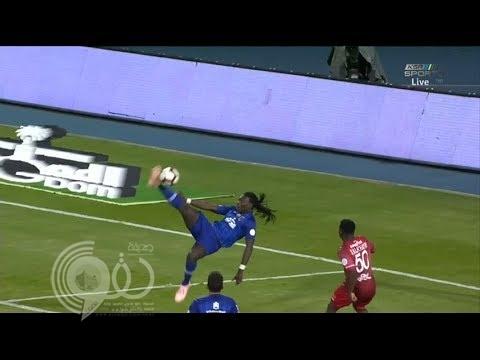 الهلال يعزز صدارته للدوري بالعلامة الكاملة بعد فوزه على الاتفاق بأربعة أهداف (فيديو)