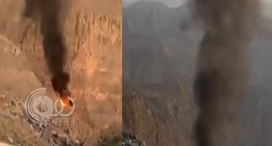 شاهد بالفيديو.. لحظة سقوط طائرة عامودية ووفاة طاقمها بالإمارات