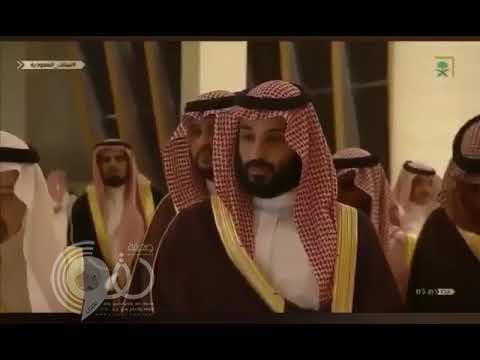 بالفيديو.. ولي العهد يمازح أحد الموظفين خلال تدشين مدينة الملك سلمان للطاقة