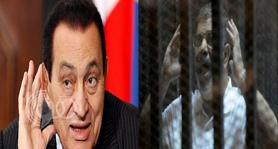 لأول مرة.. حسني مبارك ومحمد مرسي وجها لوجه