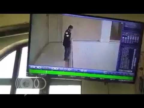 شاهد .. لحظة انتحار مدرس يمني بطريقة مروعة في صنعاء