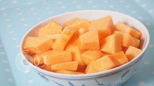 إليك ١٠ أطعمة منزلية تحميك من #السرطان