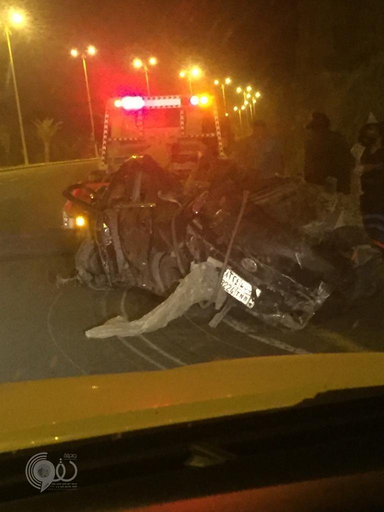 عاجل … مصرع مواطن إثر حادث إنقلابٍ مروع على طريق ( مركز الحقو – محافظة الريث ) – صورة
