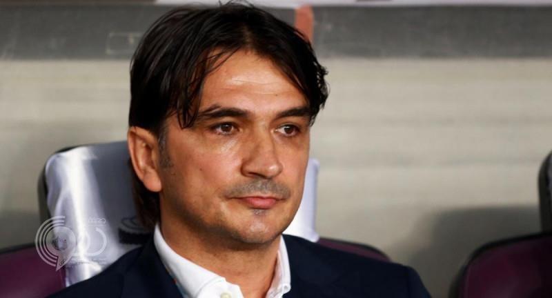 زلاتكو لا ينفي تفاوض الهلال معه ويلمح لاحتمال عودته لتدريب الفريق مرة أخرى