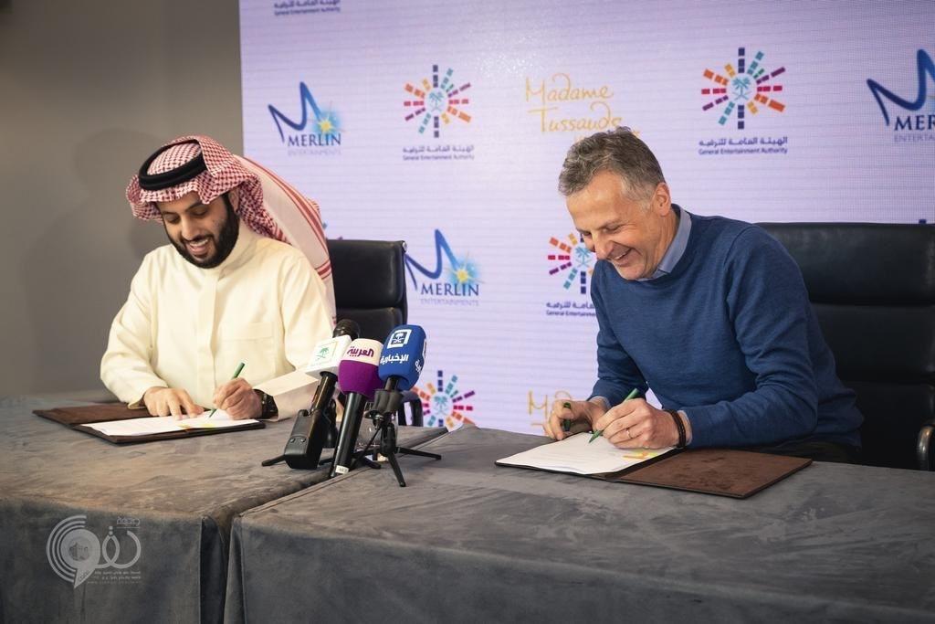 تركي آل الشيخ يوقع اتفاقيات ومذكرات تفاهم تستقطب عروضا وخبرات عالمية لخدمة الترفيه في المملكة