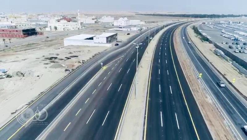 افتتاح الحركة المرورية في طريق الموت جامعة جدة بعد إعادة تأهيله