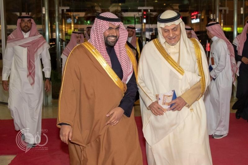 وزير الثقافة يفتتح معرض وهج في متحف الفيصل للفن العربي الإسلامي