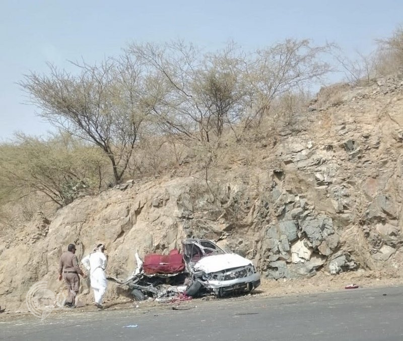 حادث مروع يصرع ابن وابنة أحد مشايخ فيفاء حال عودتهما من مدرستهما عبر طريق الحقو