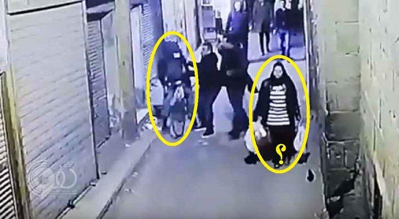 فيديو مروع.. لحظة تفجير إرهابي نفسه بوسط القاهرة