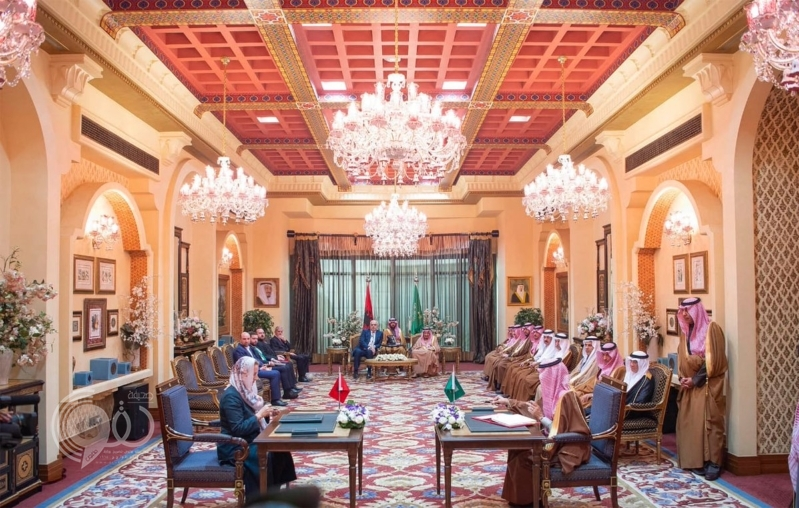 الملك سلمان ورئيس وزراء ألبانيا يشهدان توقيع اتفاقيتين ومذكرة تفاهم