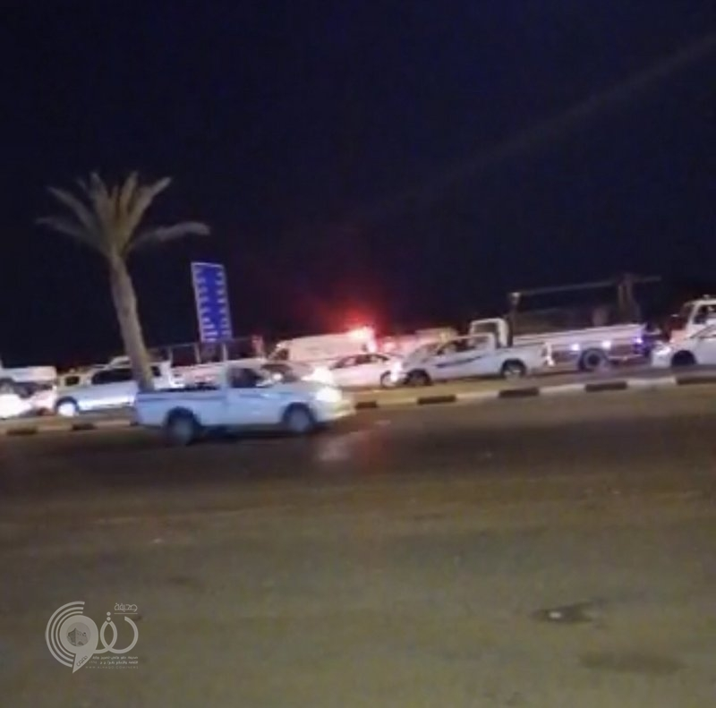 محافظة بيش .. حادث تصادم بين ست مركبات يصرع ويصيب 7 أشخاص