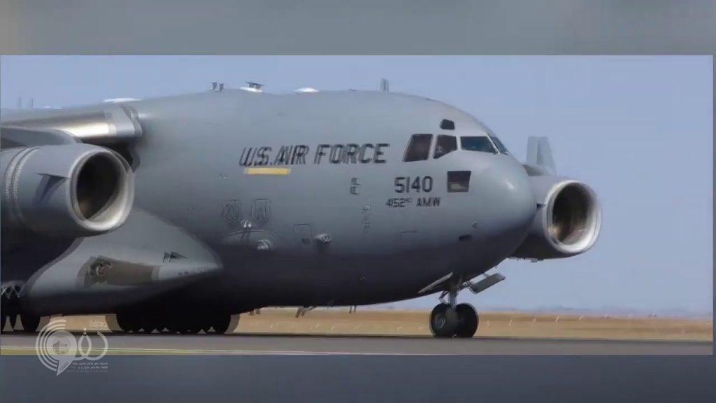 """شاهد.. طائر """"يفجر"""" طائرة عسكرية أميركية بـ200 مليون دولار!"""