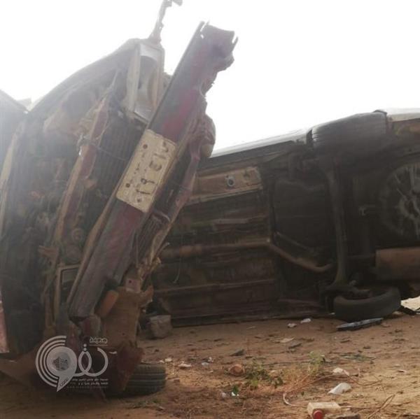 ممرضة وصيدلانية تنقذان مقيمًا تعرَّض لحادث سير بجازان
