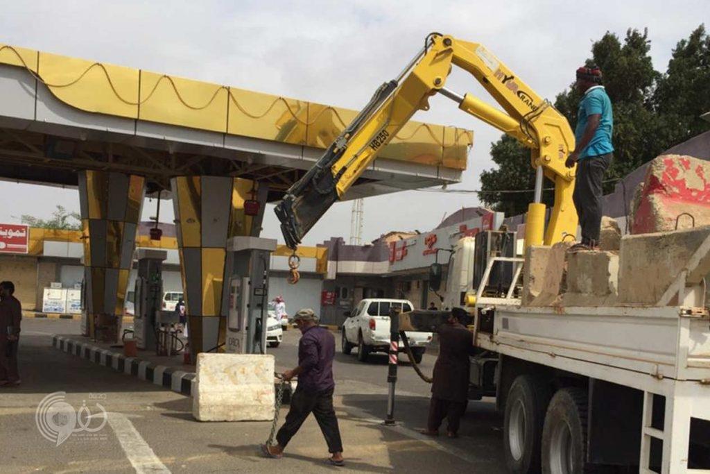تنفيذًا لتوجيهات مشددة من أمير المنطقة..  إغلاق محطات الوقود المخالفة بمحافظات جازان