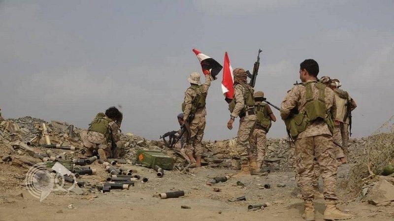 """الجيش اليمني يُحكم حصاراً على الحوثيين في 3 مواقع بـ""""رازح"""""""