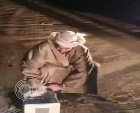5 آلاف ريال لمن يطلق هذا الطائر بالسعودية ! – فيديو