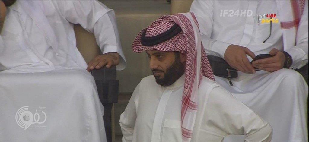 """فيديو.. رد فعل """"مثير"""" من تركي آل الشيخ بعد هدف النجم في الهلال"""