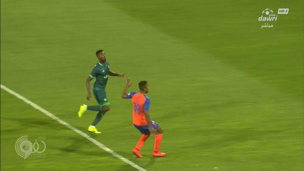 بالفيديو : الأهلي يفوز على الفيحاء بهدفين دون رد في دوري المحترفين
