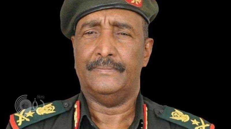 في أول بيان له.. رئيس المجلس العسكري الانتقالي في السودان يعلن قرارات مهمة