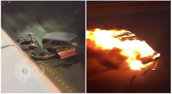 """شاهد بالفيديو: لحظة سقوط سيارة من أعلى كوبري على سيارة أخرى بـ""""الرياض"""""""