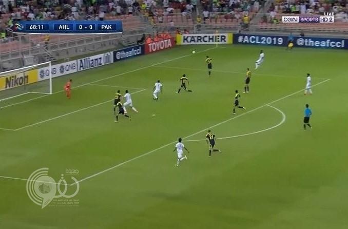 بالفيديو: الأهلي يتأهل بصعوبة لدور الـ 16 بدوري أبطال آسيا بعد فوزه على باختاكور الأوزبكي