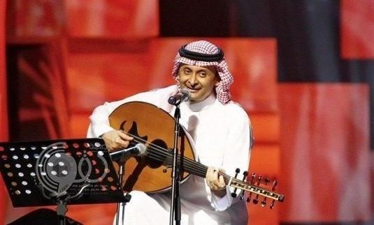 """الفنان """"عبدالمجيد عبدالله"""" ممنوع من الغناء واستخدام الجوّال حتى إشعار آخر!"""