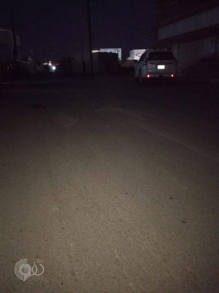 مركز الحقو : إنقطاع الإنارة ثلاث ليالٍ عن شوارع أحد الأحياء .. ومواطنون من المسؤول؟!