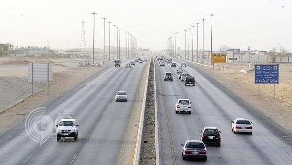 """""""المرور"""": قبل الانتقال من مسارٍ لآخر على الطريق.. عليك التأكد من هذه الأشياء"""