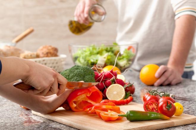 لخفض ضغط الدم بدون أدوية.. عليك بهذه الأطعمة والمشروبات