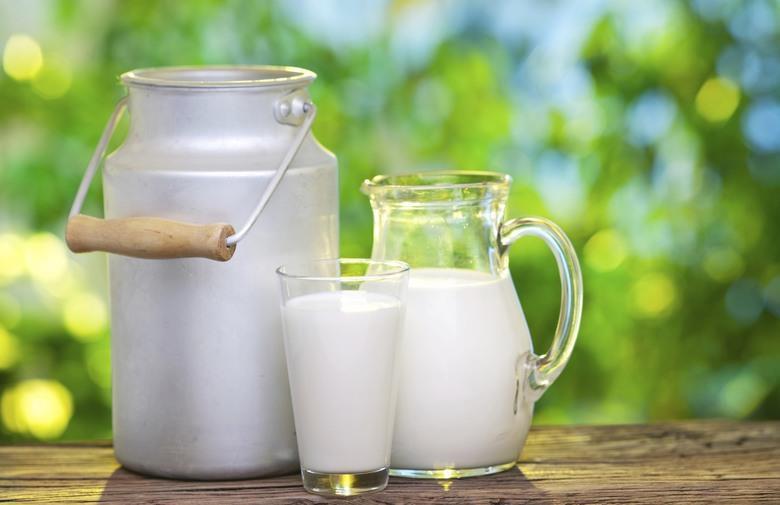 دراسة: شرب الحليب لا يطيل العمر فيما يبدو