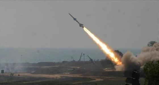 بالفيديو.. لحظة اعتراض صاروخ حوثي على جازان