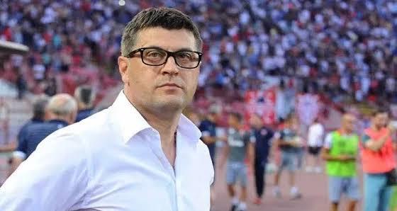 مصادر: الأهلي يتعاقد مع المدرب الصربي فلادان ميلويفيتش