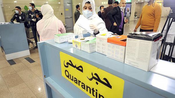 """مصر تعلن اكتشاف حالة مصـابة لأجنبي بفيروس """"كورونا"""" الجديد"""