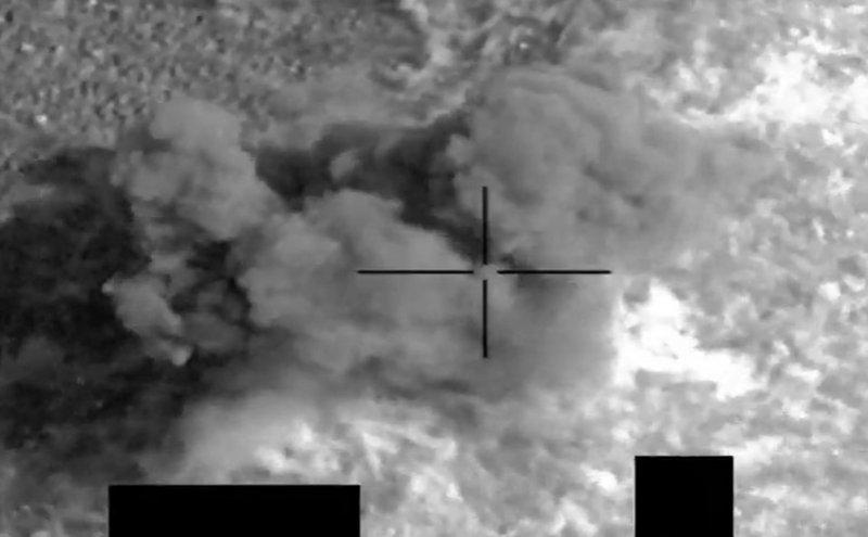 """بالفيديو .. """"التحالف"""" يستهدف عناصر إرهابية حوثية في جبهة مأرب"""