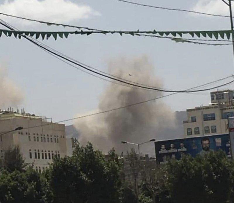 شاهد بالفيديو.. مليشيا الحوثي تتذوق مرارة ضربات التحالف القوية