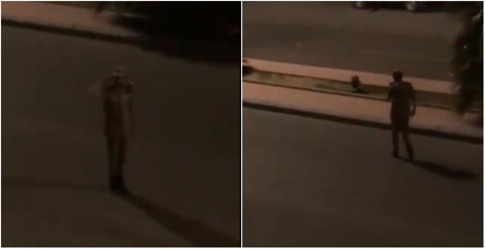 شاهد: ردة فعل رجل أمن بعد سماع النشيد الوطني من نافذة أحد المنازل
