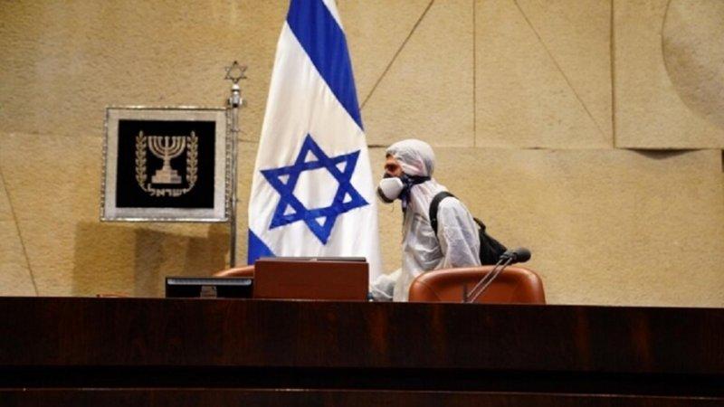 """""""كورونا"""" يضرب إسرائيل بقوة .. 90 إصابة في يوم واحد وحجر صحي على وزيرين"""