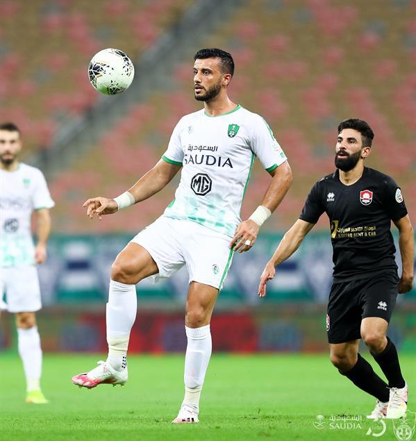 بالفيديو.. الأهلي يضرب الرائد بثنائية في الدوري وينتزع البطاقة الآسيوية