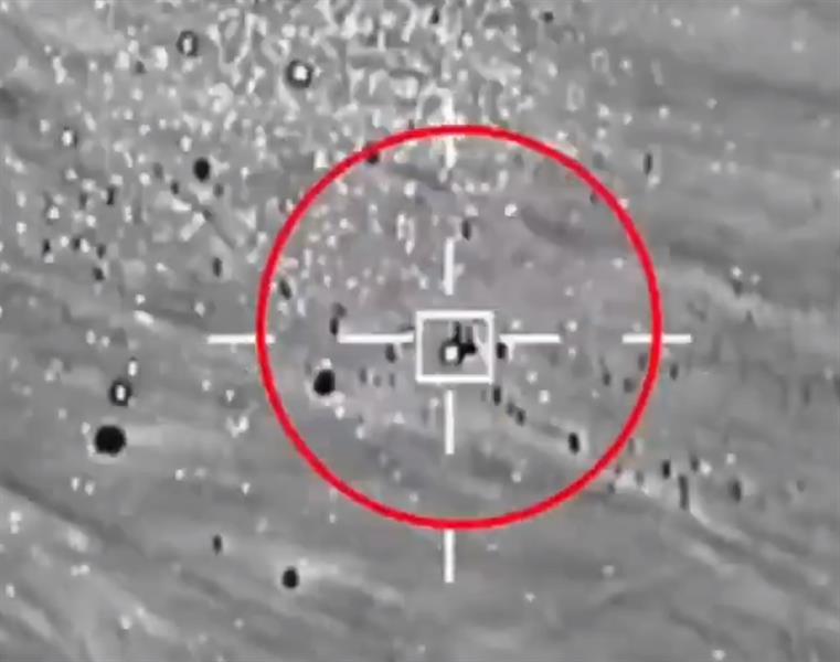 فيديو يوثق لحظة اعتراض وتدمير الطائرتين المفخختين اللتين أطلقتهما الميليشيات الحوثية باتجاه المملكة