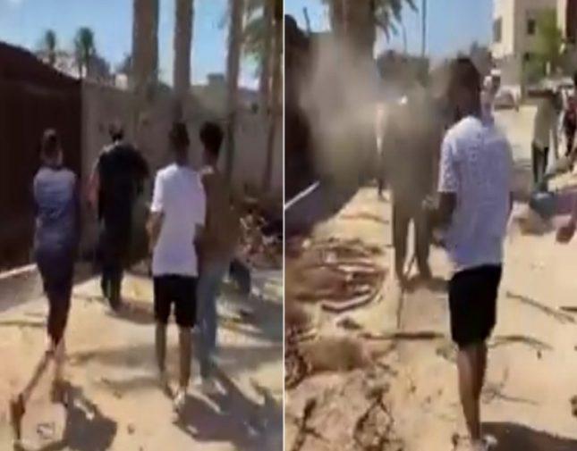 شاهد.. مراهقون يتنمرون على مسن مصري في الشارع ويقذفونه بالتراب وزيت السيارات
