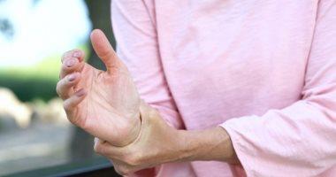لضمان صحة مفاصلك.. ابتعد عن 7 عادات