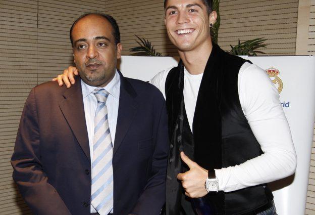 """وليد الفراج يكشف سبب طلب """"رونالدو"""" التقاط صورة معه في 2009 !"""