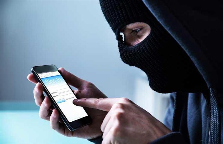 علامات تدل على تعرض هاتفك للتجسس.. وهذا ما يجب أن تفعله حين ذلك