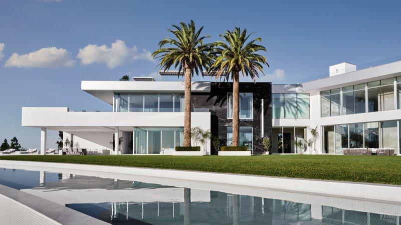 """شاهد أغلى منزل في العالم.. للبيع ولكن السعر """"جنوني"""""""