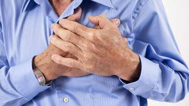 اشربوا الماء وداوموا على الحركة.. استشاري يقدم نصائح لمرضى القلب لتجنب مخاطر الموجة الباردة