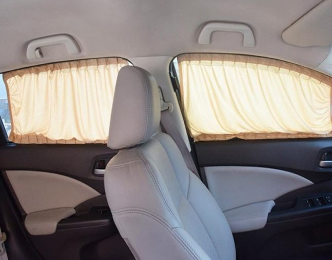 """""""المرور"""" يكشف قيمة مخالفة وضع الستائر داخل السيارة"""