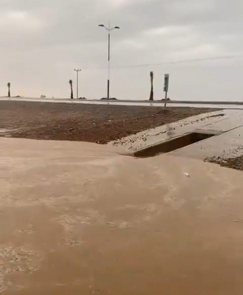 """""""مركز الحقو"""" يشهد أمطاراً غزيرة مصحوبة بعواصف رعدية صباح اليوم الإثنين – فيديو"""