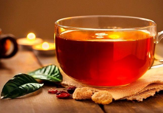 من بينها الشاي .. 4 مشروبات يجب تناولها يومياً