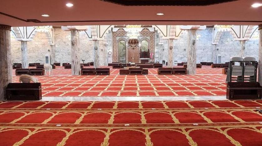 إغلاق 10 مساجد مؤقتاً في 6 مناطق بعد رصد إصابات بكورونا بين المصليين