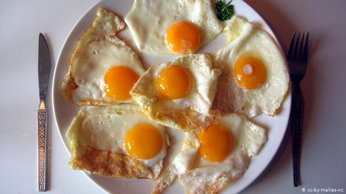 """""""البيض"""" فوائد مذهلة لنظام غذائي.. ومحاذير يجب الانتباه إليها"""